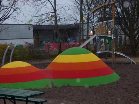 Enköpings finaste (?) lekplats finns nu i Romberga.
