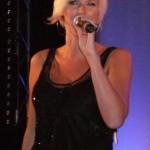 Sanna Nielsen kommer troligen att medverka vid en konsert i Enköping i oktober.